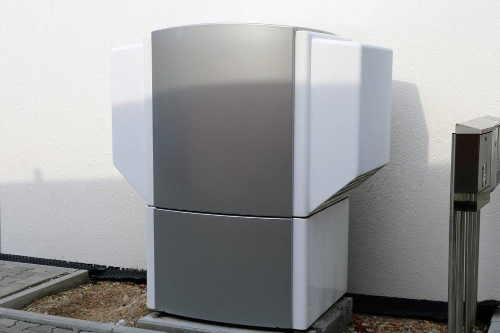 heat pump cold air causes